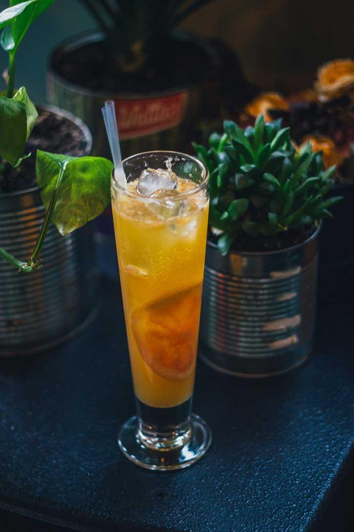 Black-Copper-Cocktail-Energiea-Yum-Stops