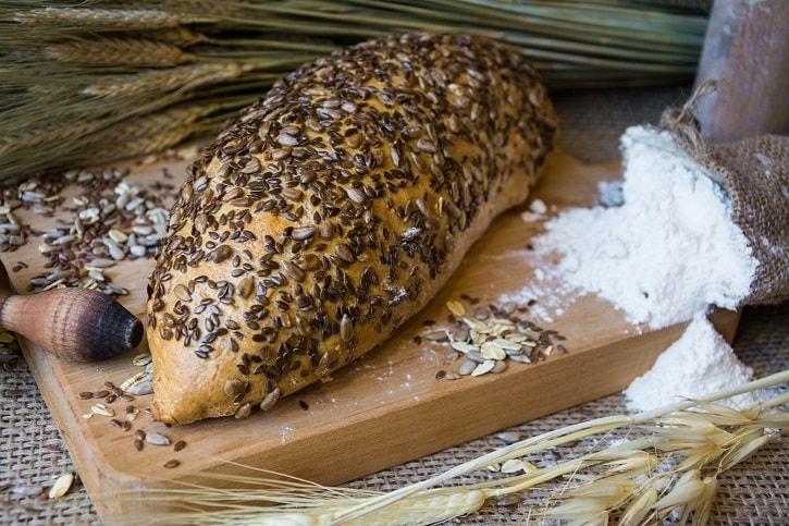 brutaresti-paine-cu-seminte