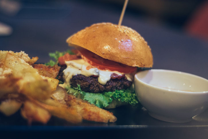 Burger Magic Blue - Old Brick Pub 1
