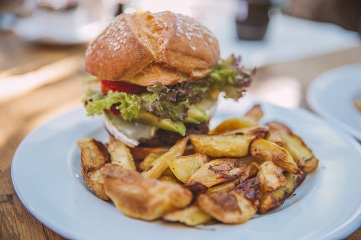 Burger Two Simbio