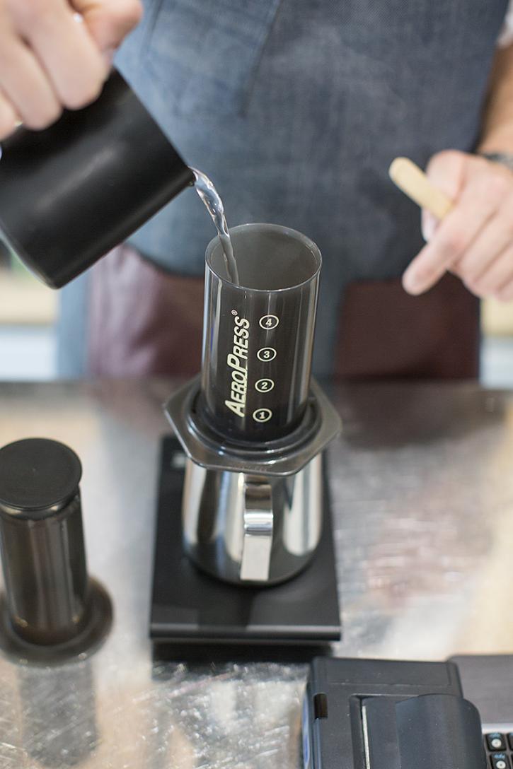 Cafea-AeroPress-1