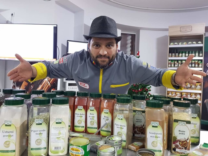 Despre Condimente cu Chef Mehrzad și Fuchs