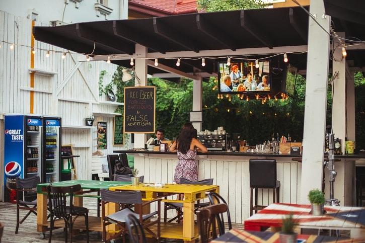 Coppers Pub Secret Garden