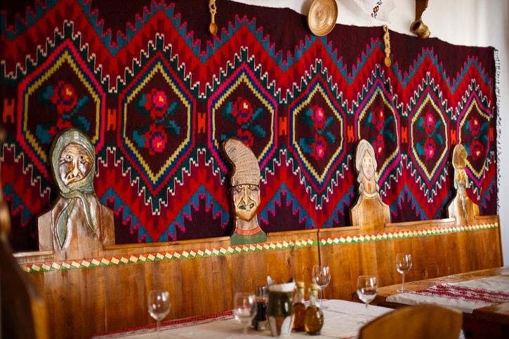 La Han la Traian Restaurant Romanesc