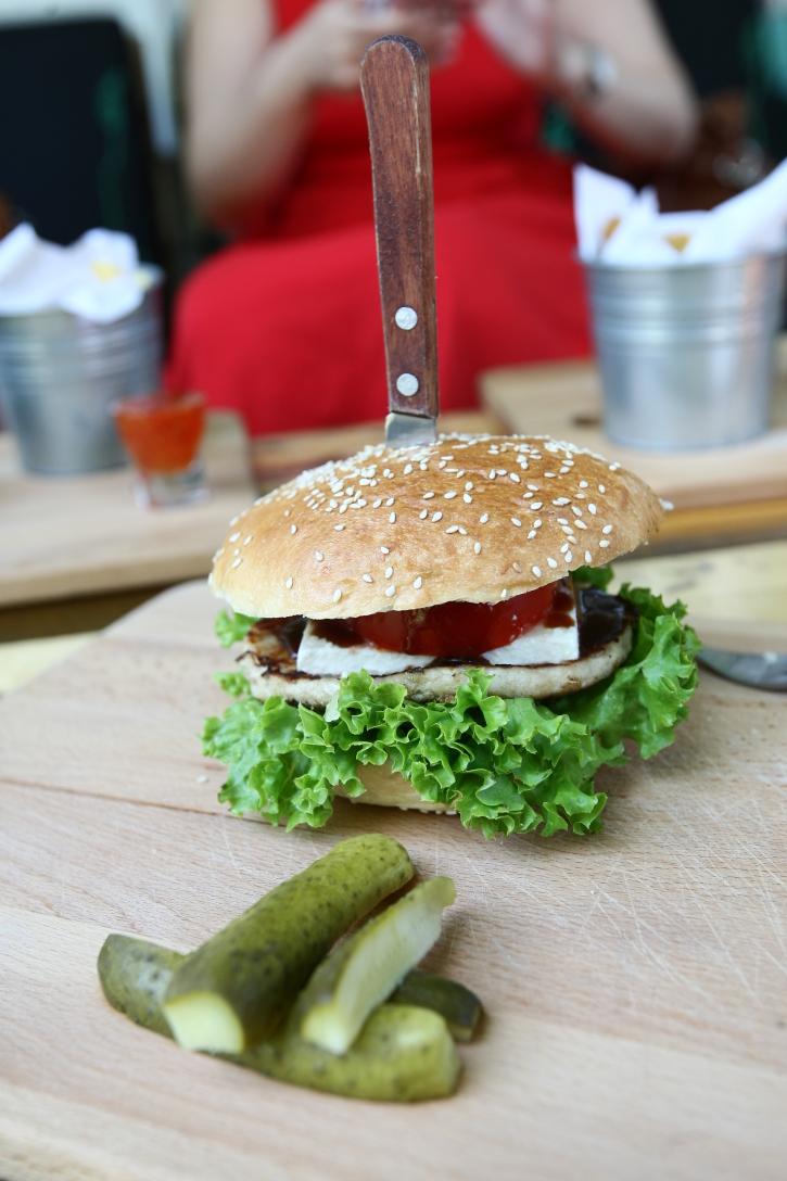 Light Burger Modelier