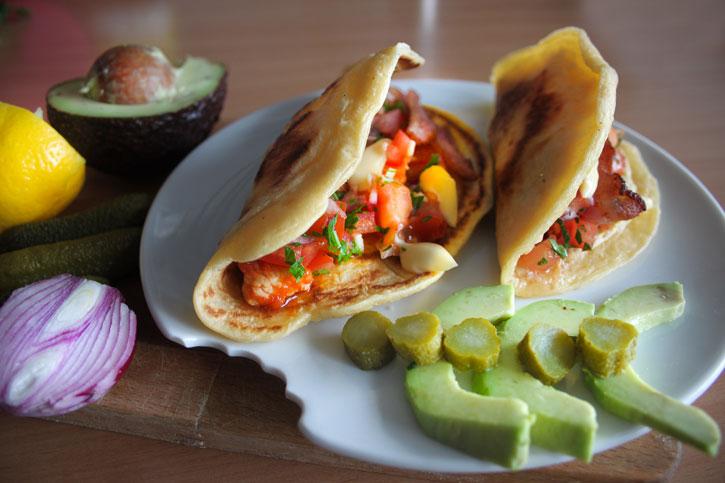 Taco-pancakes-curcan-si-bacon-Yum-Stops