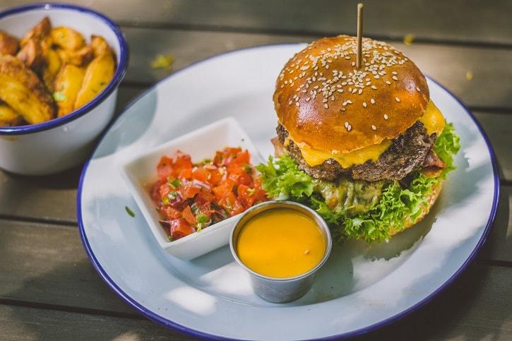 tex-mex-burger-switch-eat