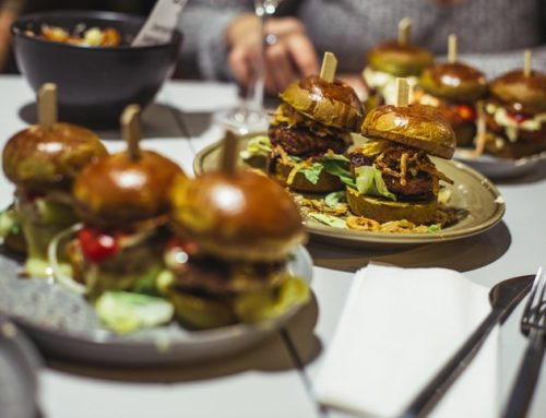 Emte – Restaurantul Unde-ți Vine Să Drăgălești Mini Burgeri