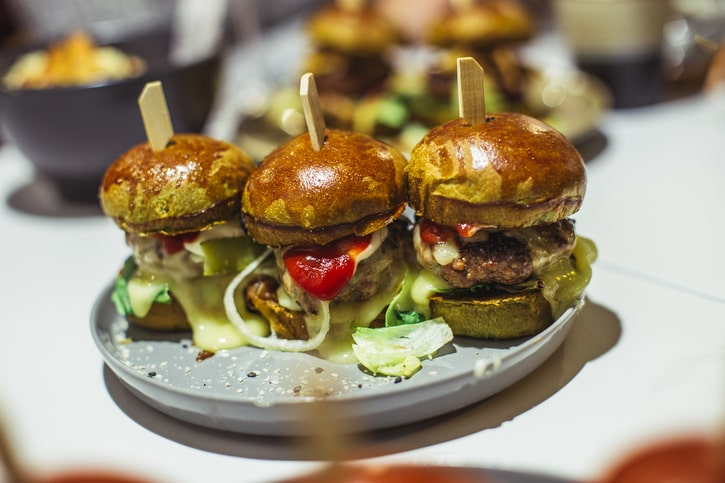 Emte Restaurant Raclette Beef Burger