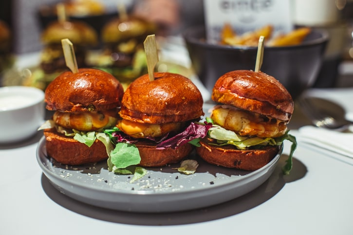 Emte Restaurant Shrimp Burger