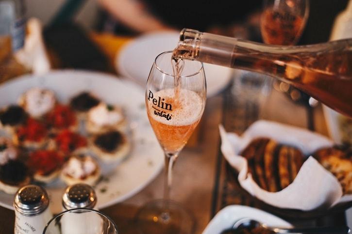 Gastronomika Pelin Vin Spumant