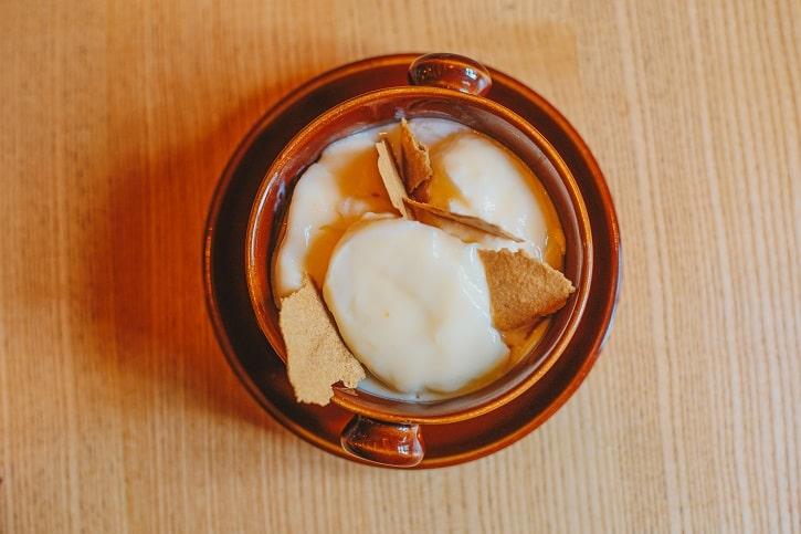 Hochmeister Sibiu lapte de pasara cu biscuit de cafea