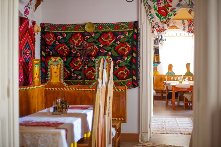 La Han la Traian Restaurant Romanesc Bucuresti