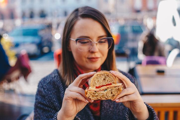 Nod Sibiu Sandwich Salam Crud Uscat