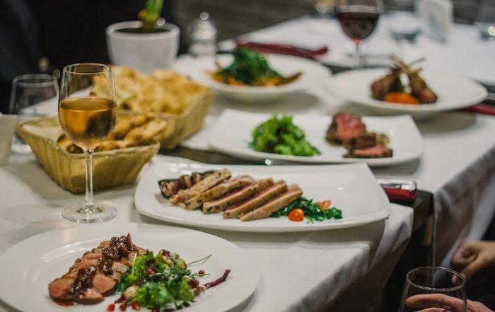 Top restaurante Bucuresti Yum Stops