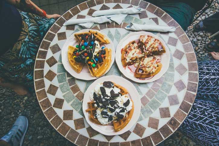 Waffles Madness - La Un Ceai